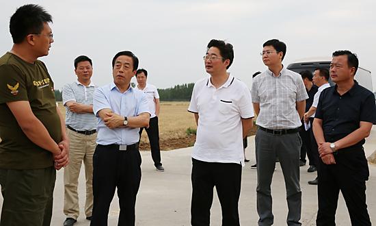 李亦博调研扶贫产业园区建设工作 中国财经新闻网 www.prcfe.com