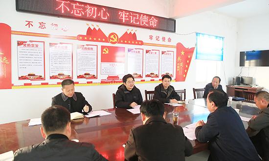李亦博督导调研脱贫攻坚、基层减负工作